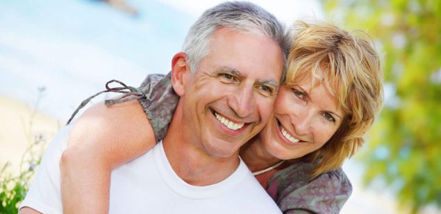 Wills & Trusts happy-couple Estate planning Direct Wills Wallend